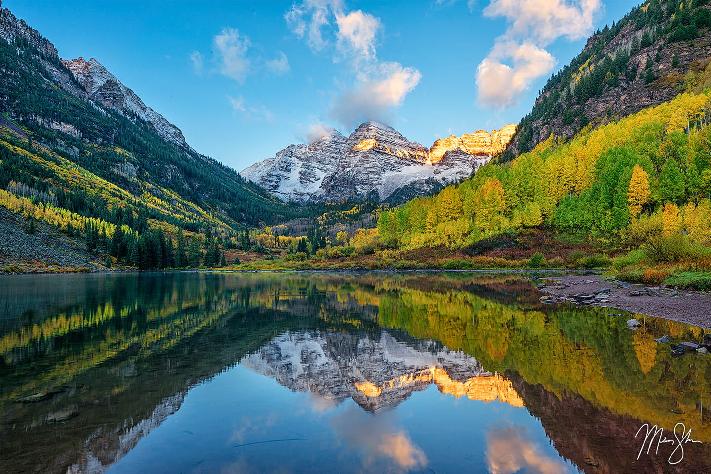 Colorado photography: Maroon Bells with fall colors
