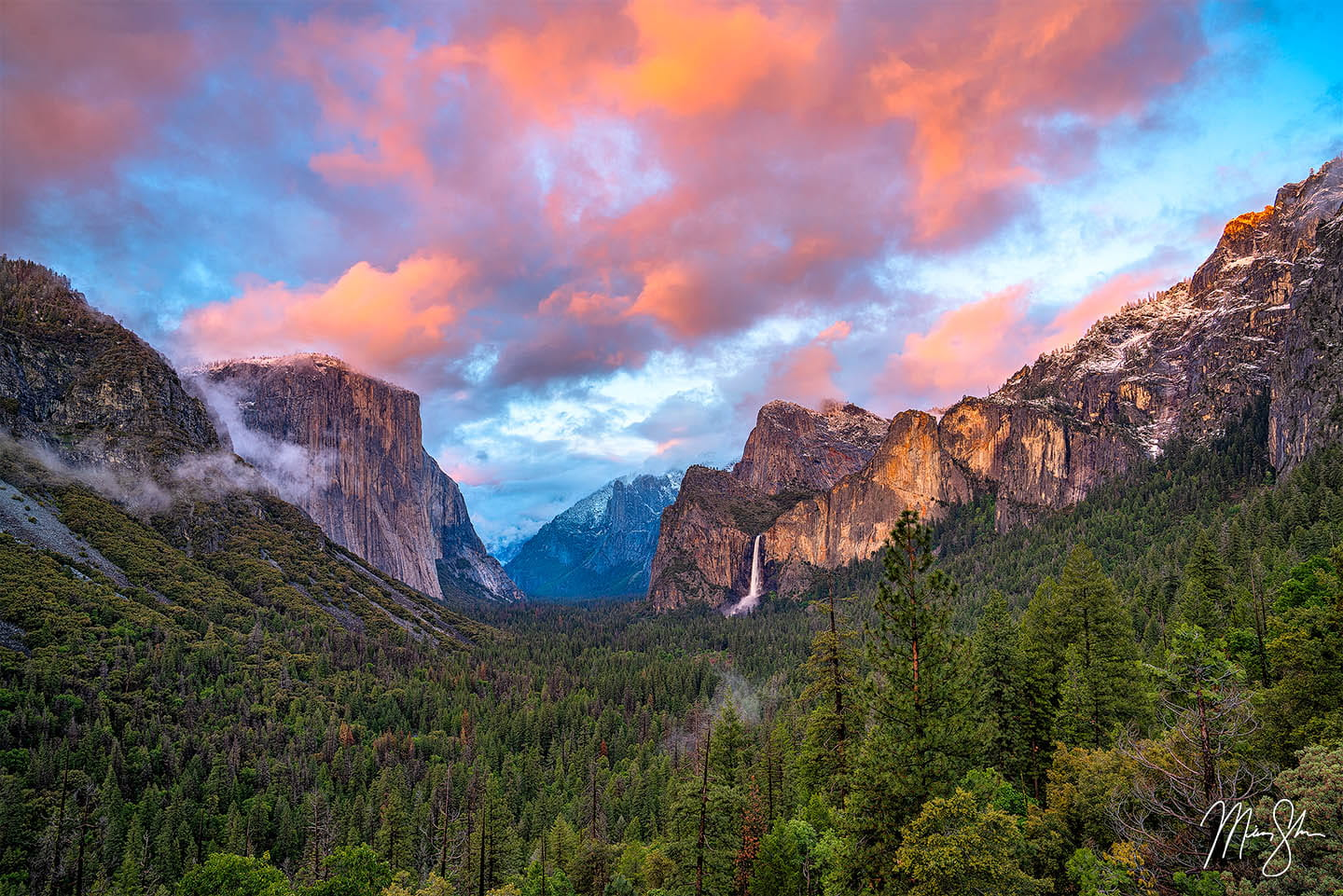 Mountain photography: Tunnel View Sunset, Yosemite National Park, California