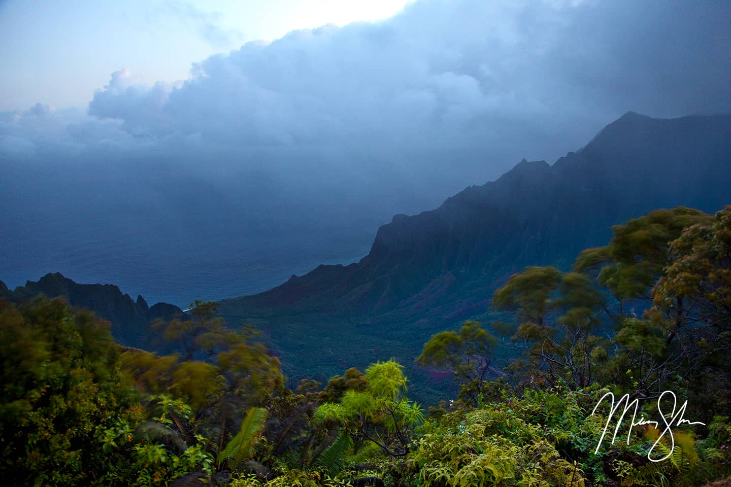 Early Morning at Kalalau Valley Lookout