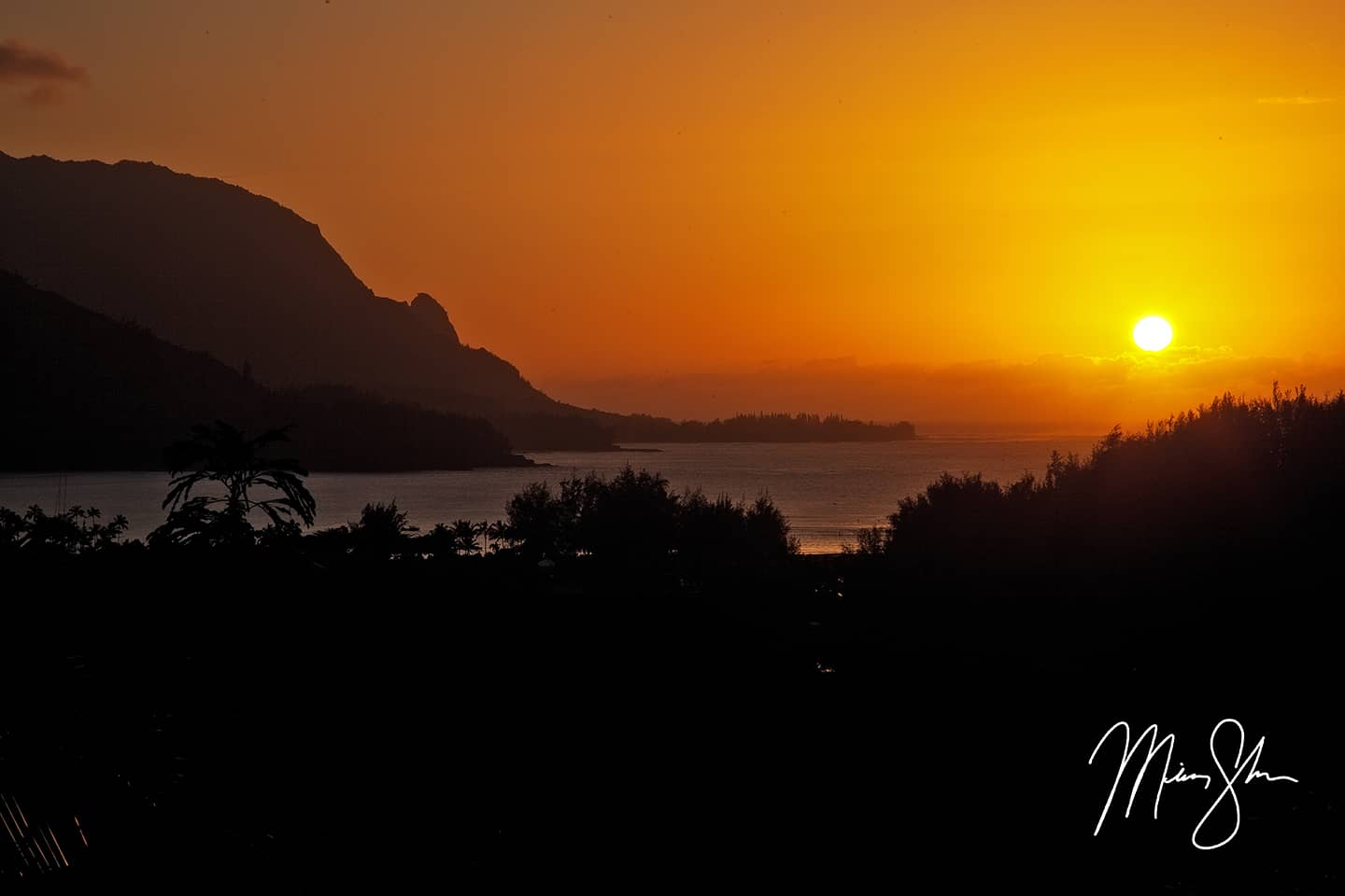 Open edition fine art print of Hanalei Bay Sunset from Mickey Shannon Photography. Location: Hanalei, Kauai, Hawaii