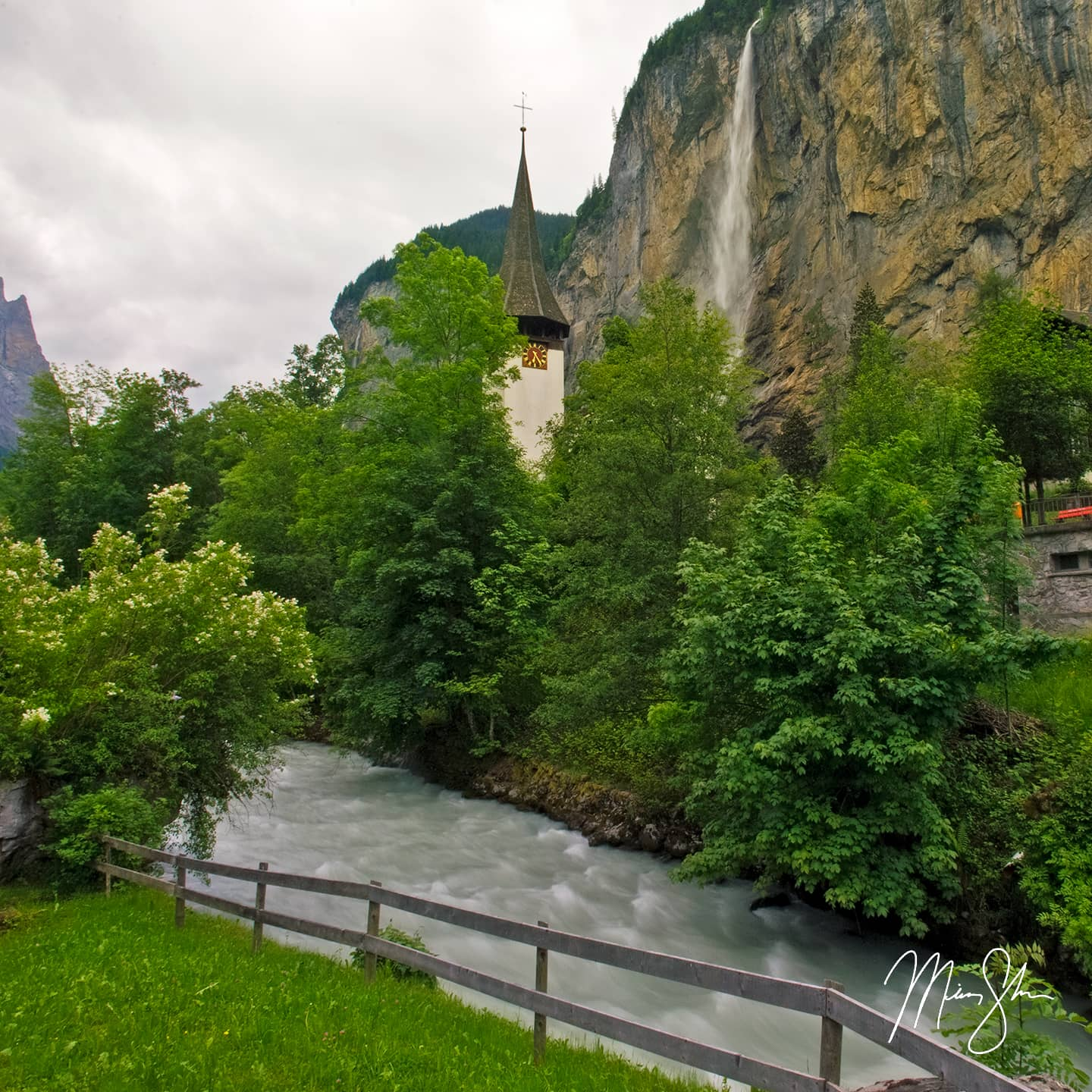 Lauterbrunnen Church - Lauterbrunnen, Switzerland