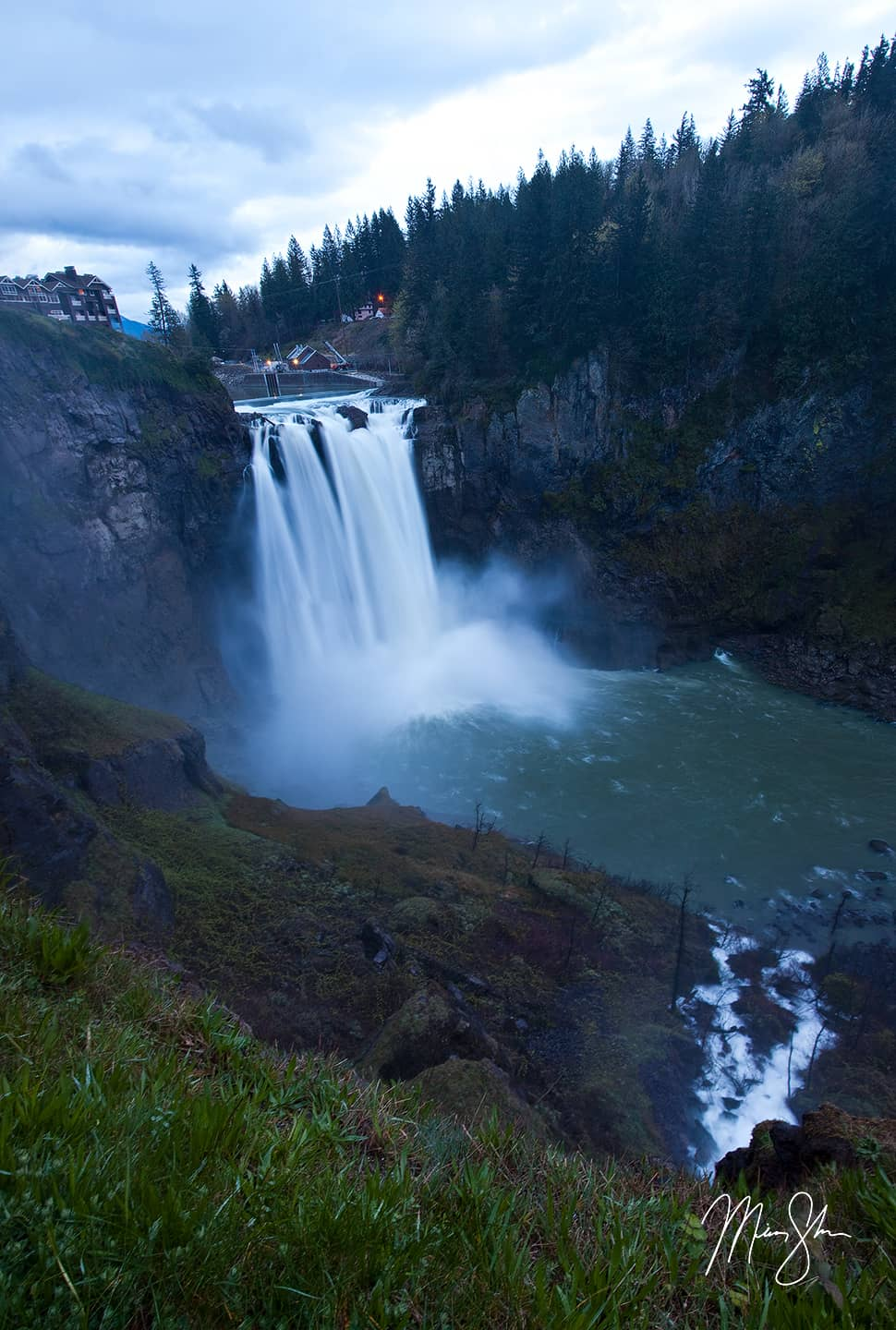 Spring at Snoqualmie Falls