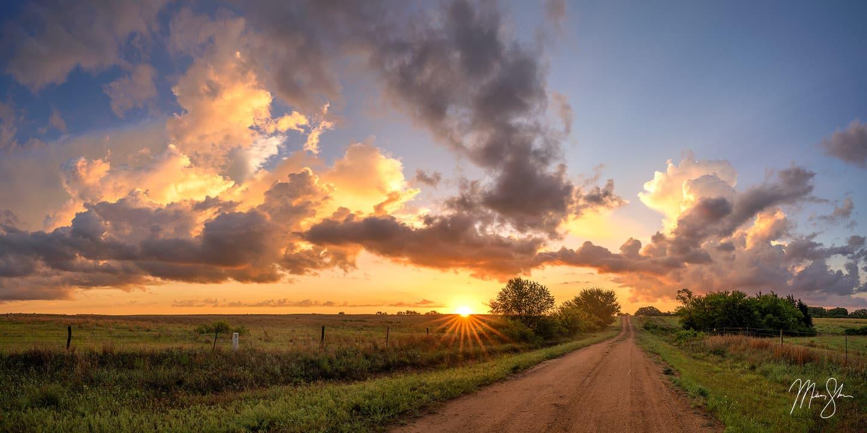 Stormburst - Near Kingman, Kansas