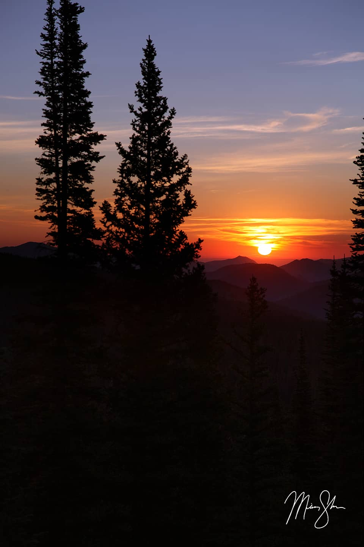 Sunrise Over Rocky Mountain National Park - Estes Park, Rocky Mountain National Park, Colorado