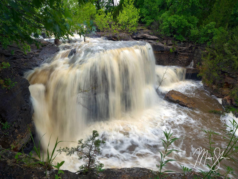 Surging Chautauqua Falls
