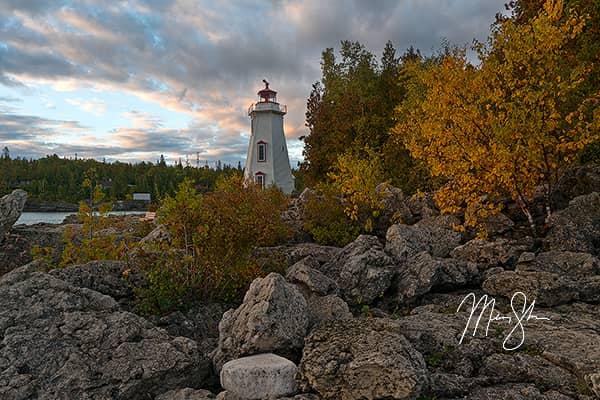 Autumn at Big Tub Lighthouse