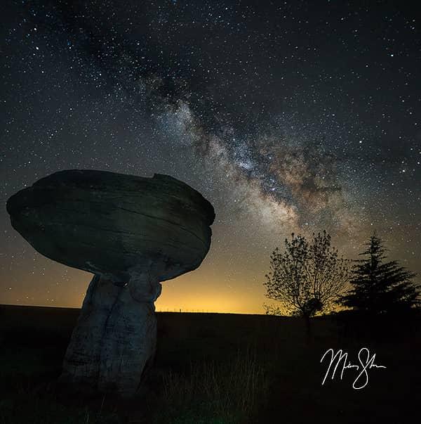Mushroom Rock Milky Way