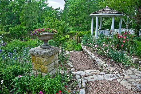 Paths at Bartlett Arboretum
