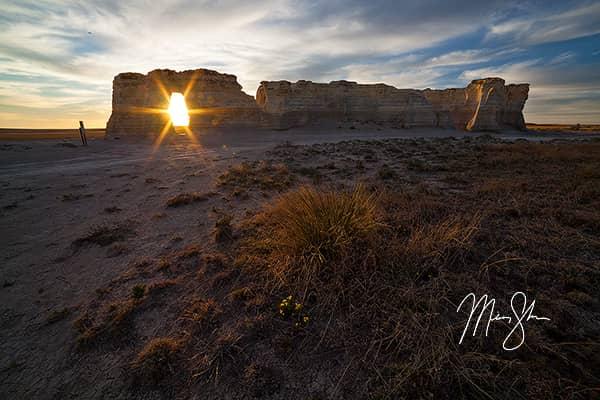 Sunburst Sunset at Monument Rocks