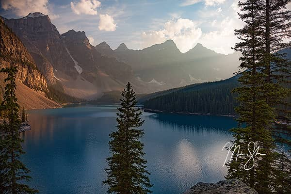 Sunlight at Moraine Lake
